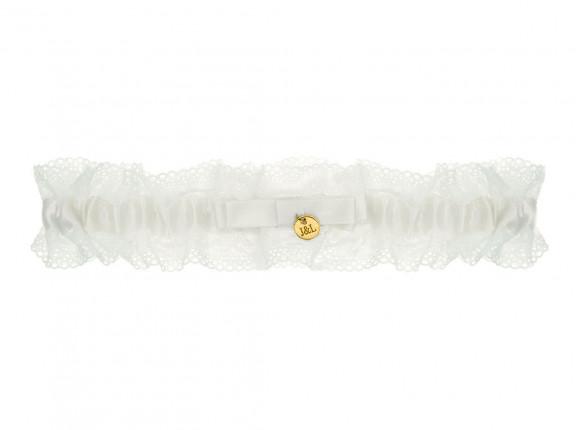Kousenband met gouden muntje personaliseren voor de bruid