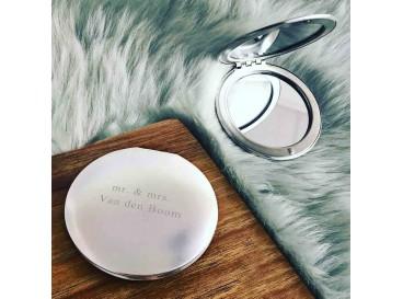 Zilveren spiegeltje graveerbaar in doosje