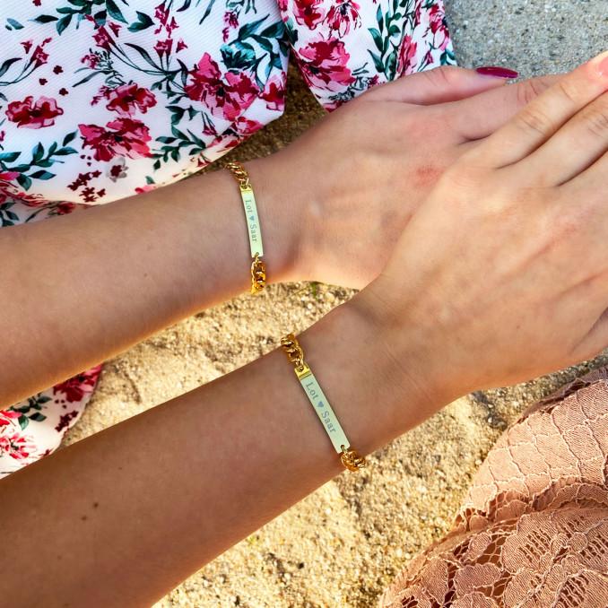 Moeder en kind armband bar in het goudkleurig