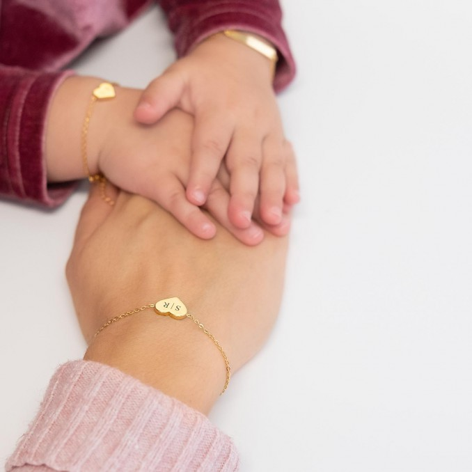 Mooie hartjes armband voor om de pols voor nieuwe look