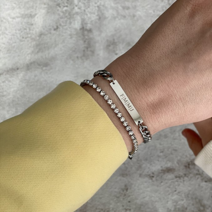 Trendy armbanden party in het zilver om de pols