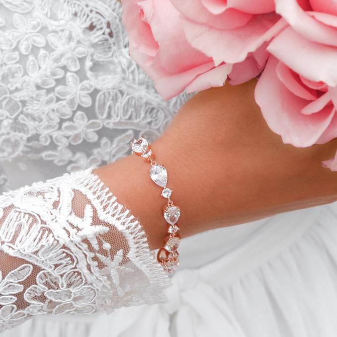 Prachtige armband voor de bruid voor een mooie look