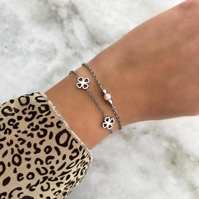 Mooie mix van armbanden om te kopen