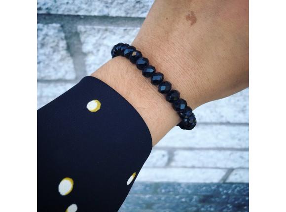 Black bracelet with glass beads DRKS