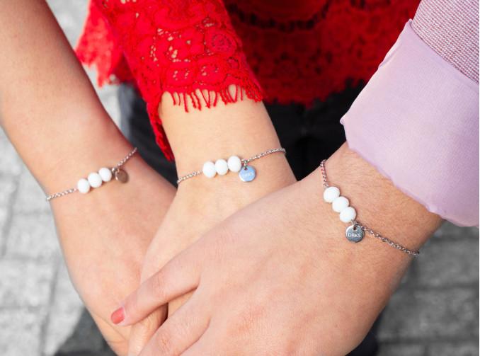 Moeder & dochter armbanden met mama en twee dochters