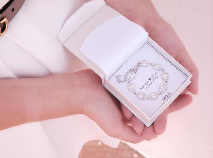 Bruids Armband Zilver in een sieradendoosje