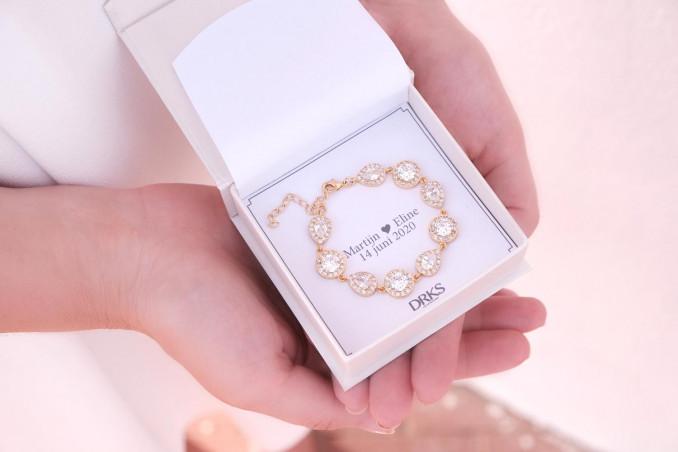 Bruids Armband in het goud in sieradendoosje