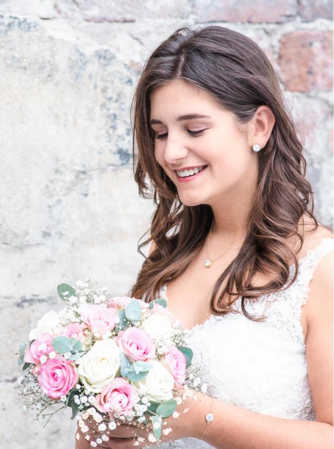 Mooie simpele sieradenset voor de bruid om te kopen