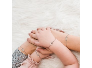 Mom & Daughter Steel Infinity