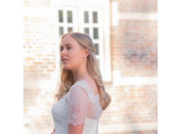 Minimalistische ronde oorbellen voor de bruid