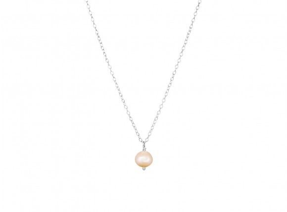 Beautiful sterling silver necklace with freshwater peach pearl