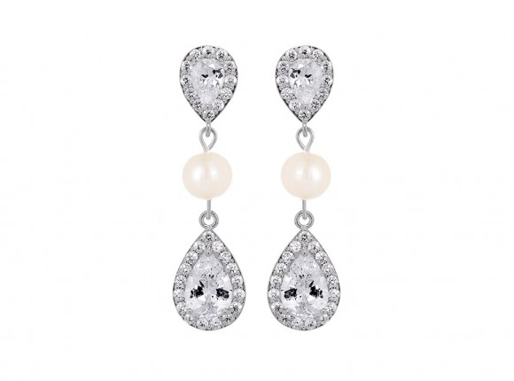 Daily Luxury Pearl Earrings I