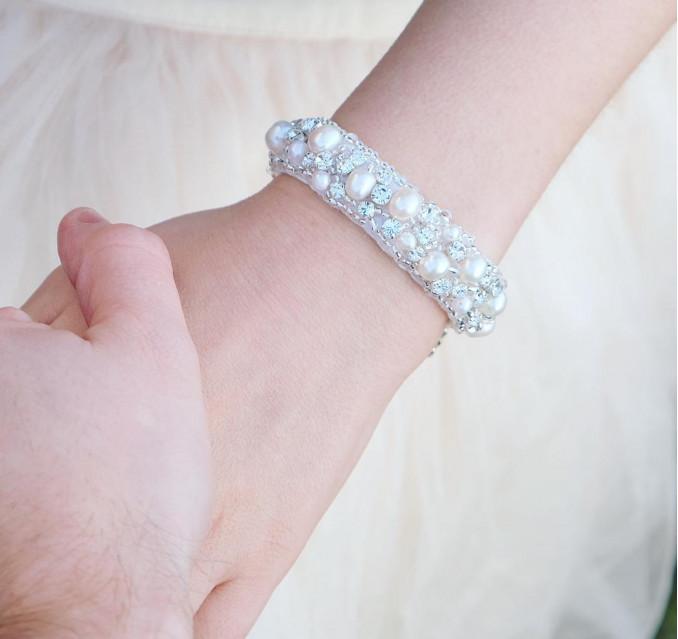 ivoorkleurige armband van drks