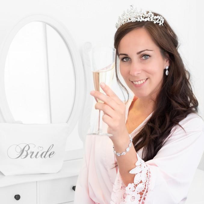Accessoire met bride op de toilettas