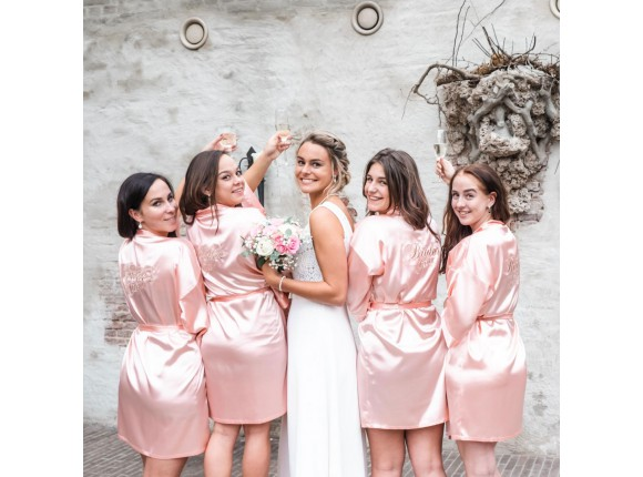 "Kimono ""Bride's Crew"" Pink"