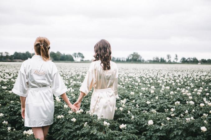 Twee bruiden dragen drks kimono