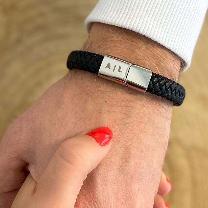 Stoere leren armband voor de mannen om te dragen