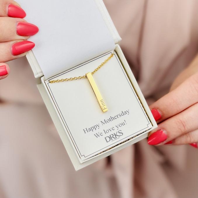 Gouden bar ketting in sieradendoosje