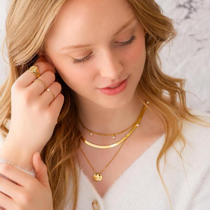 mooie set met sieraden voor een complete look om te kopen