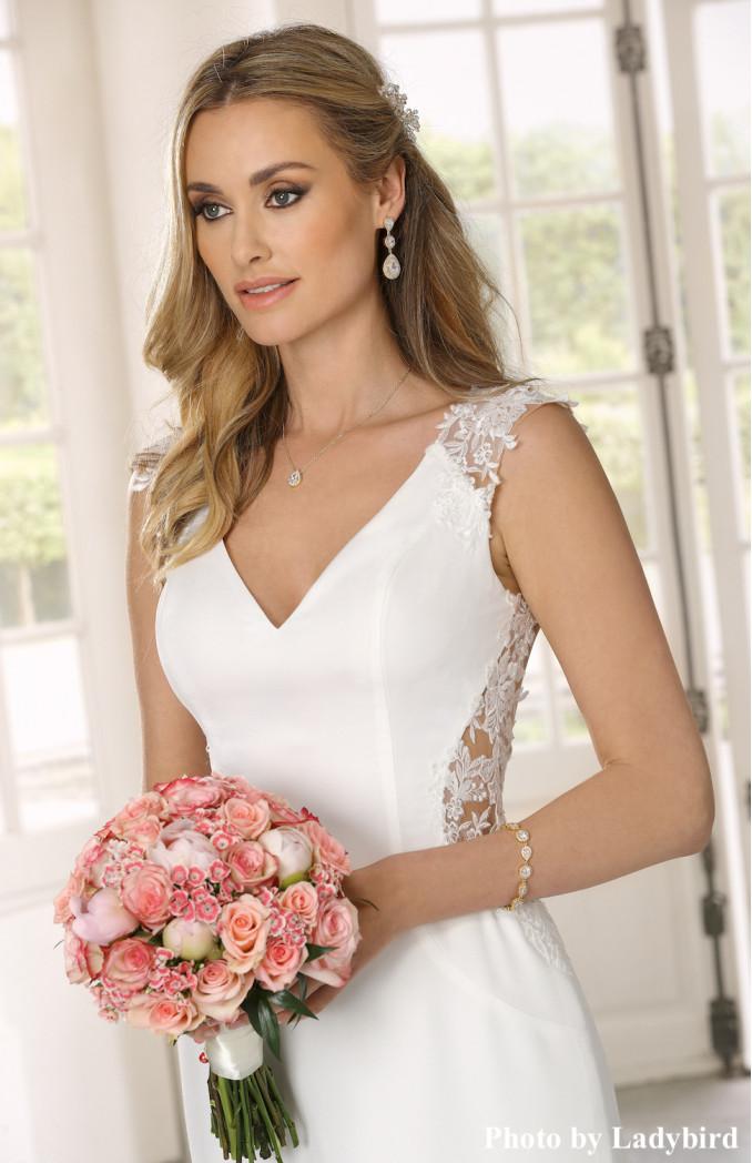 Mooie bruidsarmband kopen voor de bruid