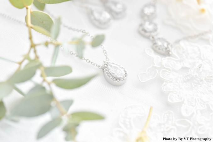 Zilveren luxe bruidsketting voor de bruid