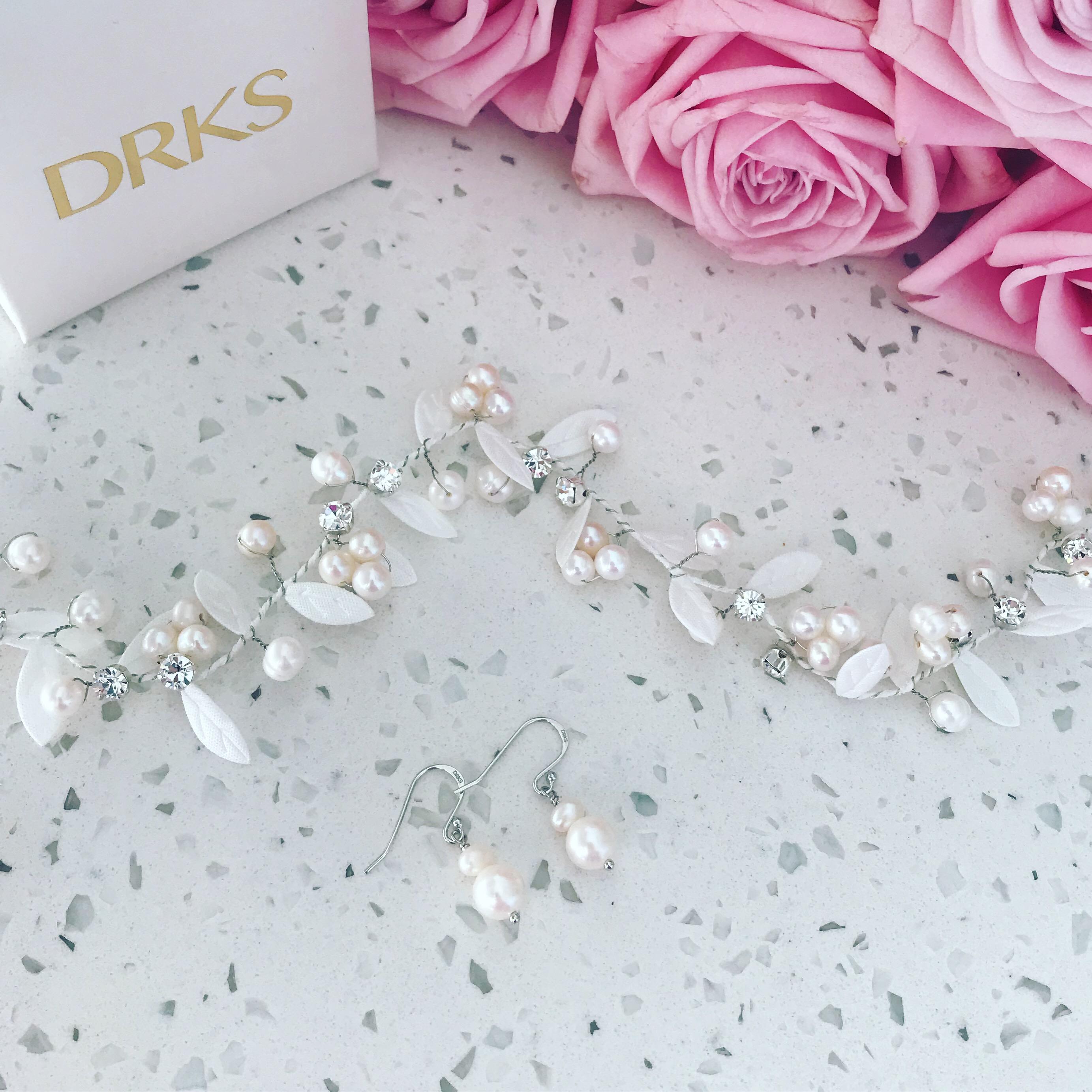 Luxe haaraccessoire voor de bruid met parels