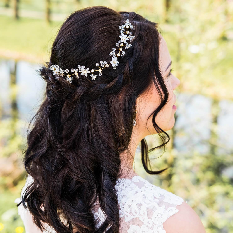 gouden drks haaraccesoire met bloemetjes en kristallen