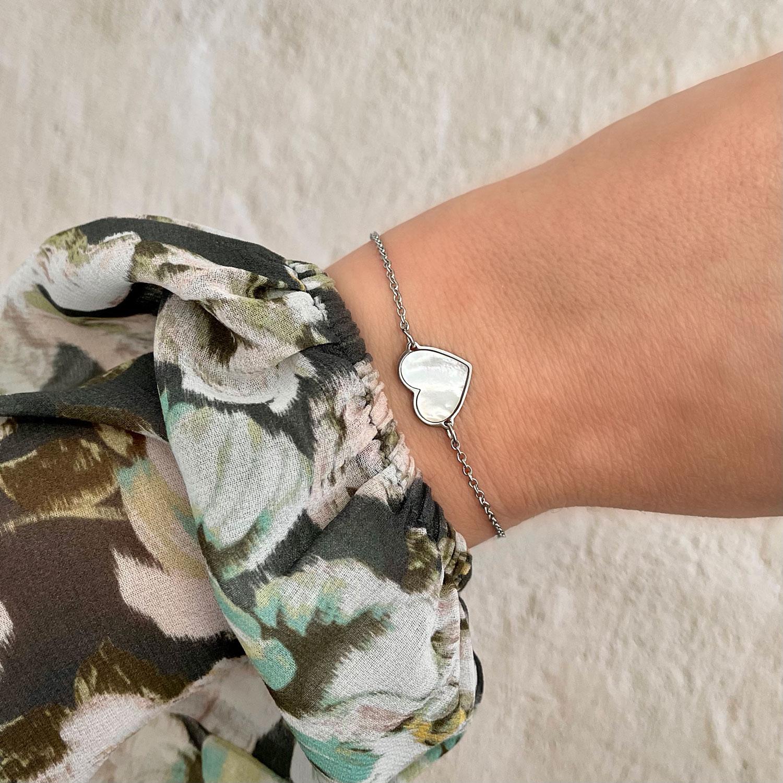Zilveren sea shell armband met hartje
