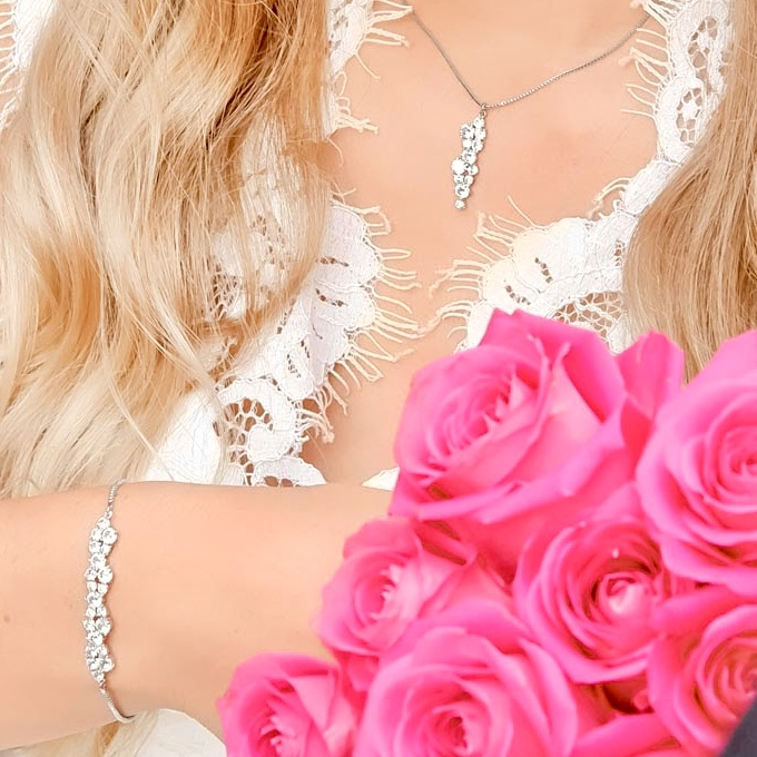 Prachtige bruidsarmband voor een mooie look om te kopen