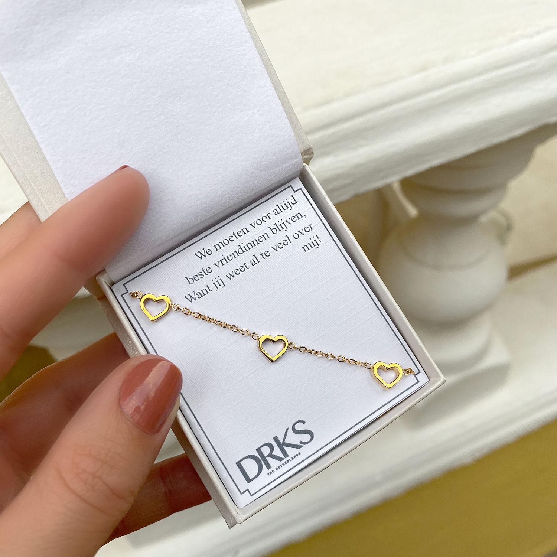 Leuke armbanden voor in sieradendoosje met een leuke tekst