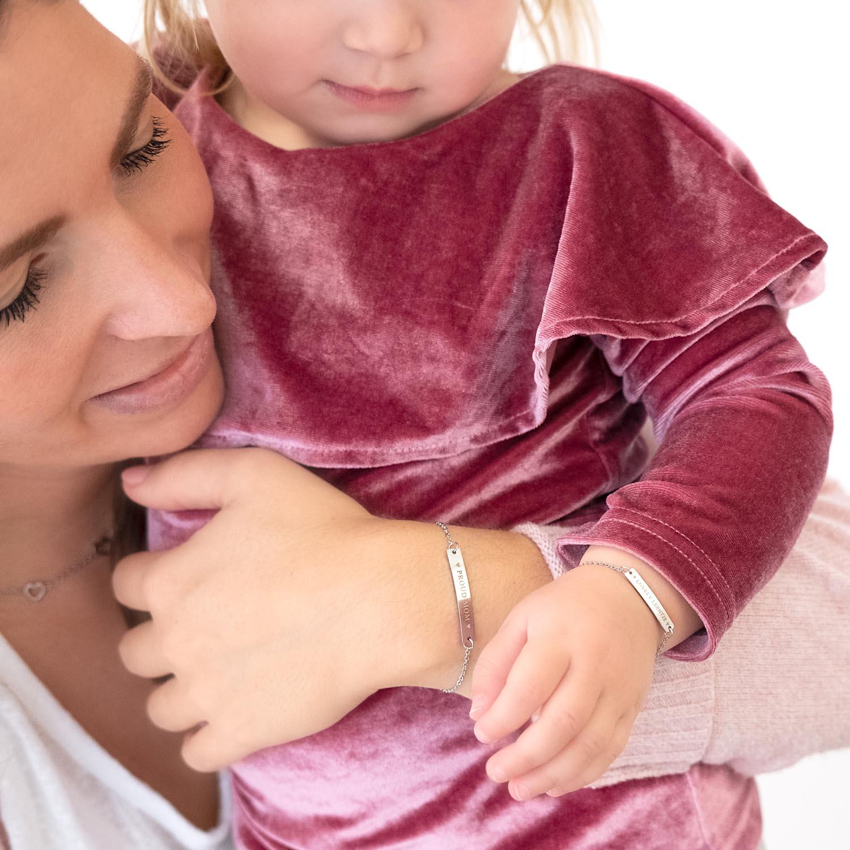 Leuke moeder en dochter armbanden in het zilver om te delen