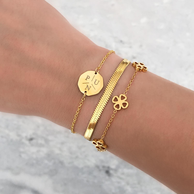 Mooie mix van armbanden voor een complete look om te kopen