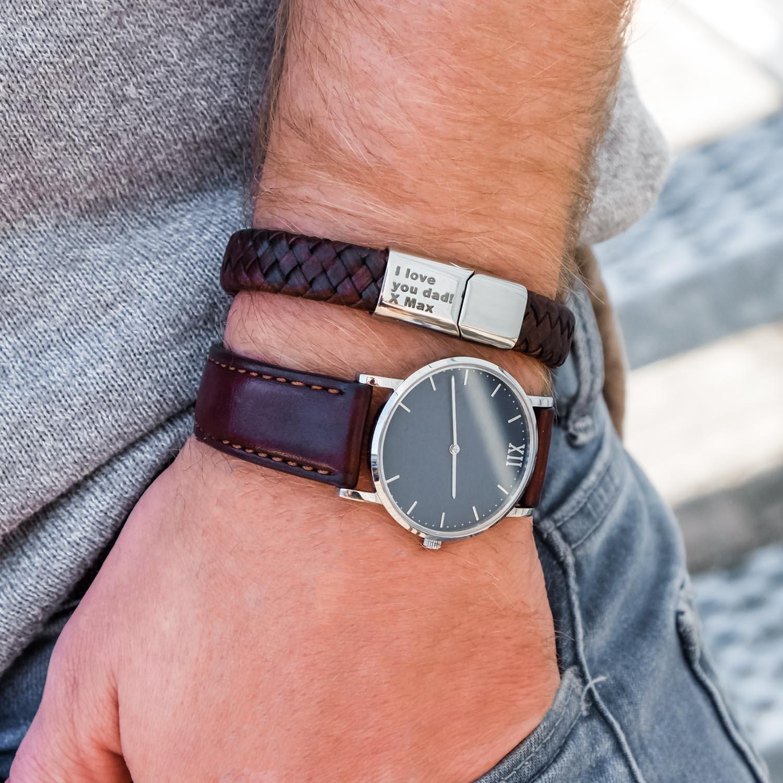 Trendy leren armband om de pols voor de mannen