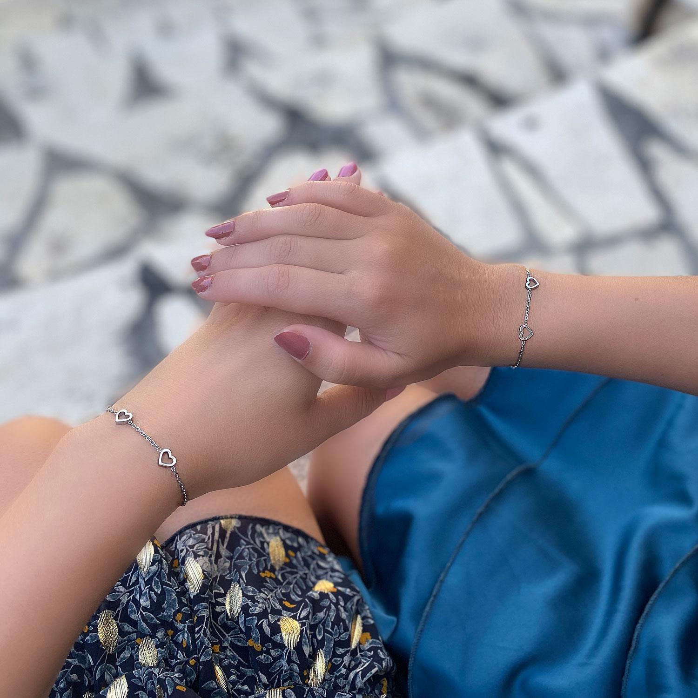 Leuke armband om te delen met moeder en dochter