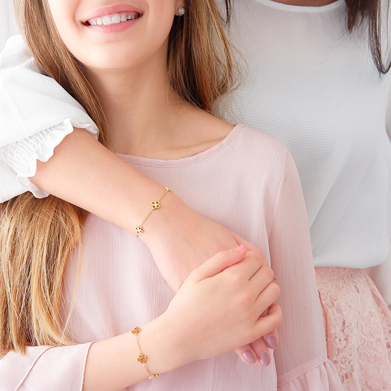Mooie gouden armband voor moeder en dochter om te kopen