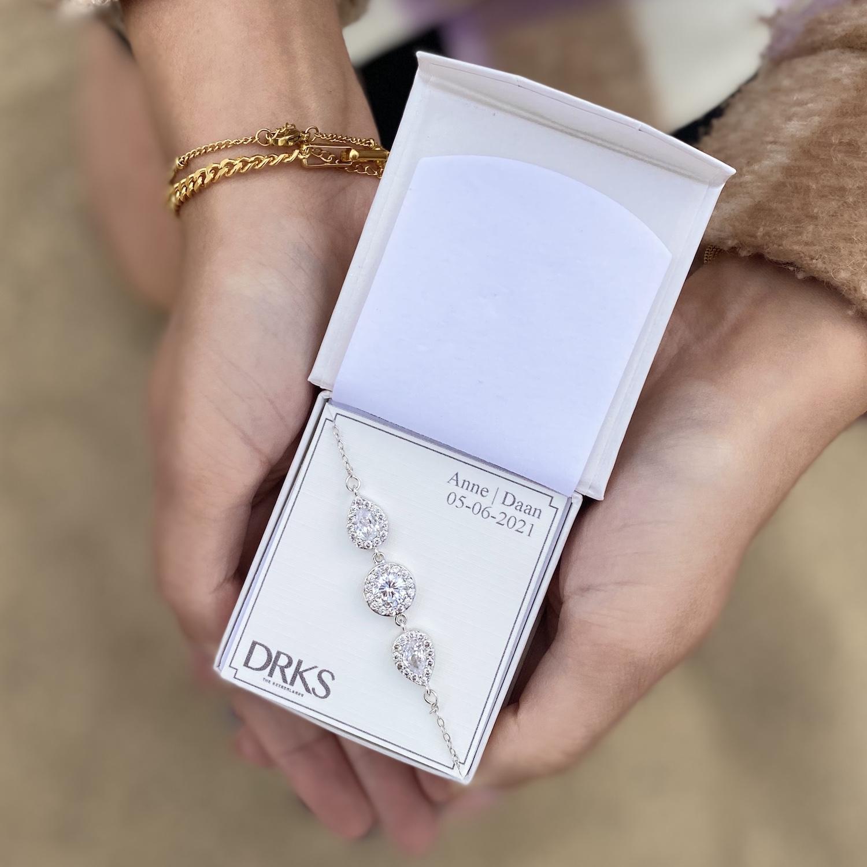 Daily luxury armband in sieradendoosje voor de bruid