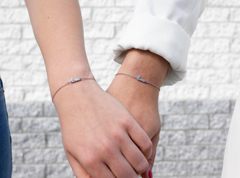 Stainless steel armbandjes zilver met love
