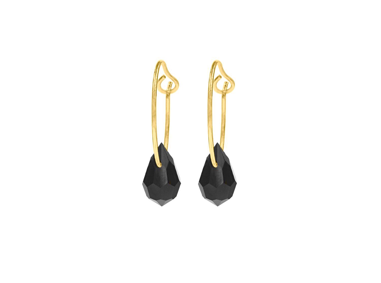 Gouden oorringetjes met zwart hangertje