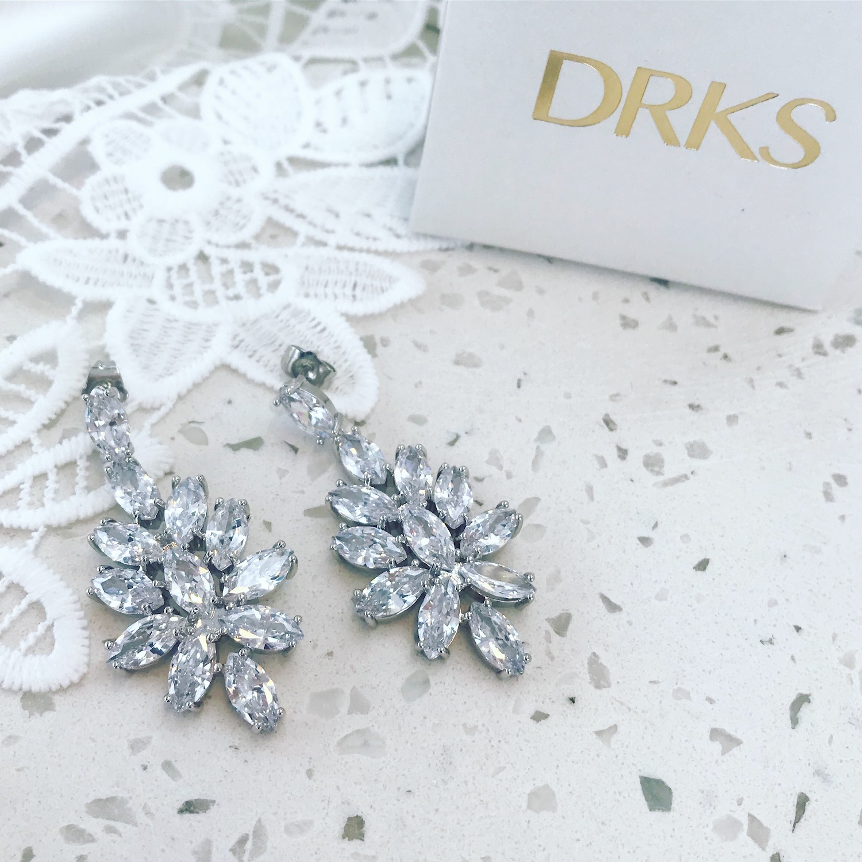 Zilveren statement bruids oorbellen bij sieradendoosje DRKS
