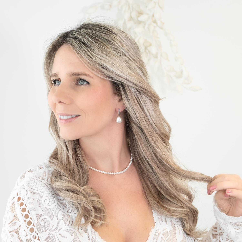 Prachtige bruidssieraden voor de bruid met parels