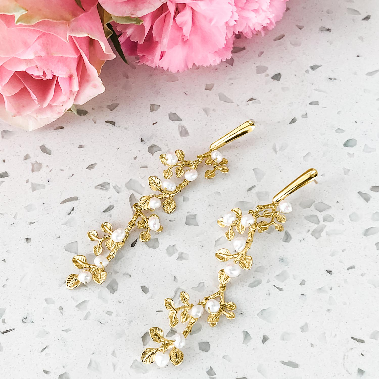 Gouden bruids oorbellen in een bohemian stijl