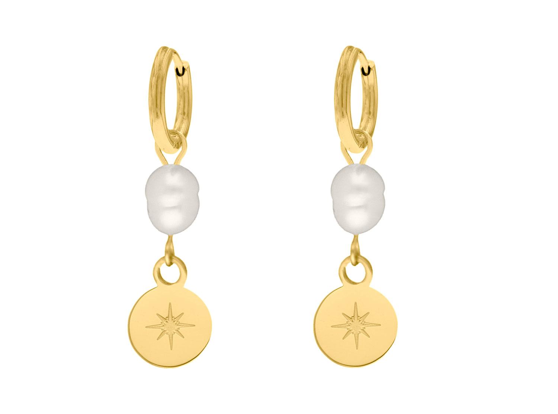 Parel oorbellen met hangertje goud kleurig
