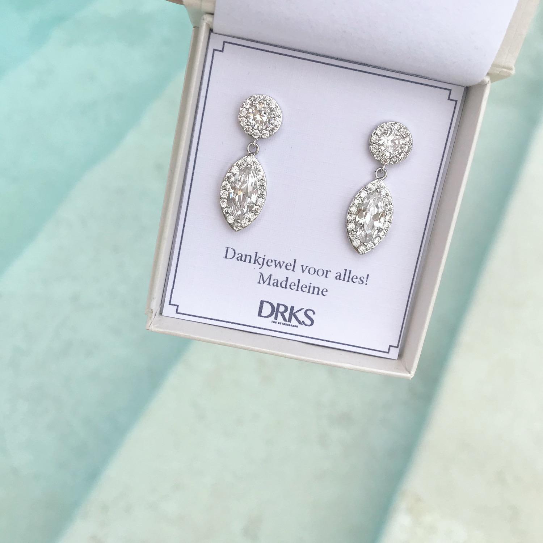 Luxe oorbellen perfect als cadeautje voor getuigen