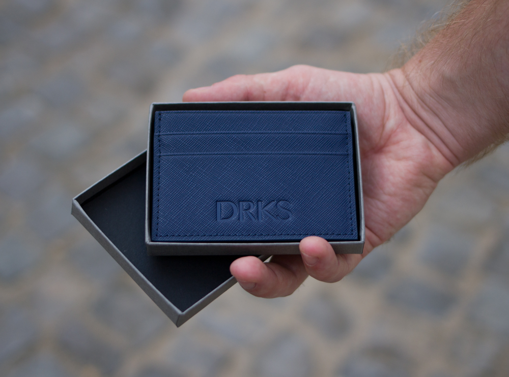 Donkerblauwe kaarthouder van DRKS
