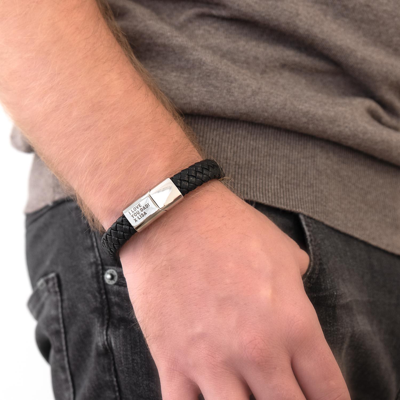 Mooie leren armband voor de mannen voor om de pols