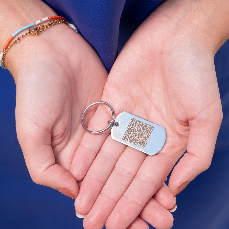 Graveerbare sleutelhanger met QR code