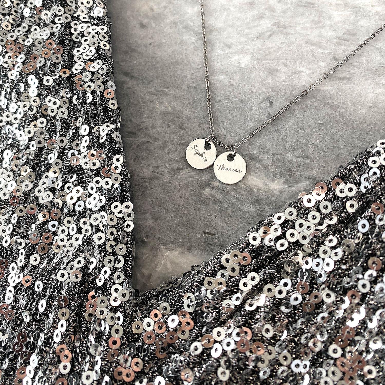 Zilveren ketting met namen met gravering voor de mamas