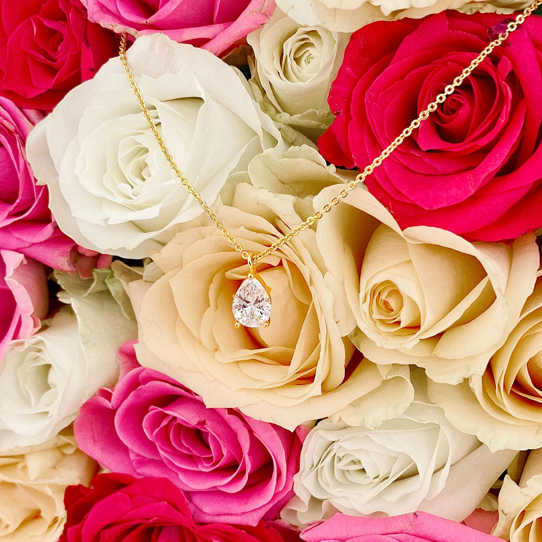 Gouden daily luxury ketting met bloemen