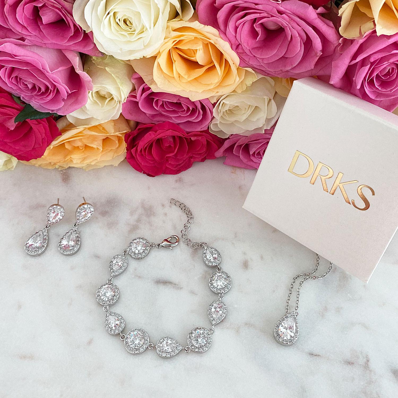Zilveren sieradenset om te kopen voor een trendy look