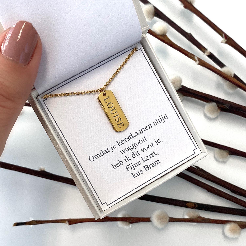 Mooie graveerbare gouden ketting in een sieradendoosje met tekst